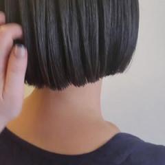 ボブ 縮毛矯正 切りっぱなしボブ ガーリー ヘアスタイルや髪型の写真・画像