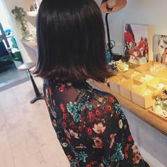 女子会 梅雨 オフィス リラックス ヘアスタイルや髪型の写真・画像