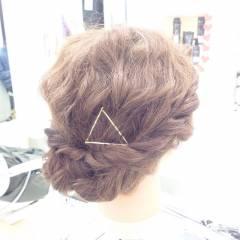 波ウェーブ ミディアム コンサバ くるりんぱ ヘアスタイルや髪型の写真・画像