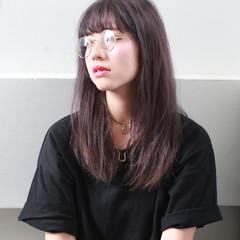 外国人風 セミロング 暗髪 ダブルカラー ヘアスタイルや髪型の写真・画像
