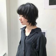 マッシュウルフ ウルフ女子 黒髪 ボブ ヘアスタイルや髪型の写真・画像