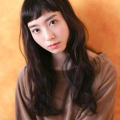 パーマ 大人女子 小顔 ナチュラル ヘアスタイルや髪型の写真・画像