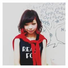 イエロー ストリート ピンク 黒髪 ヘアスタイルや髪型の写真・画像