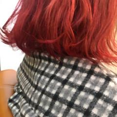 ナチュラル レッド カシスレッド レッドカラー ヘアスタイルや髪型の写真・画像