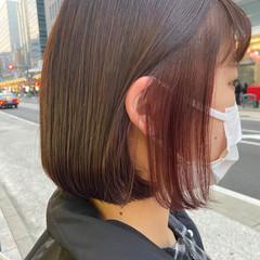 インナーカラー ブリーチ ミニボブ ナチュラル ヘアスタイルや髪型の写真・画像