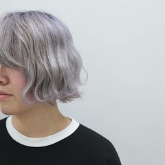 ホワイト ブリーチ ダブルカラー ショート ヘアスタイルや髪型の写真・画像