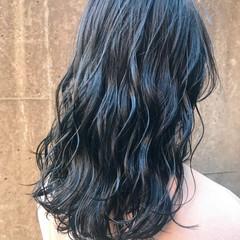 アッシュ グレージュ セミロング ブルーアッシュ ヘアスタイルや髪型の写真・画像