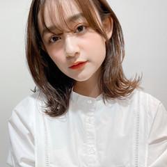 シースルーバング ひし形シルエット ナチュラル 小顔 ヘアスタイルや髪型の写真・画像