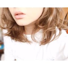 グレージュ 外国人風カラー ストリート 大人女子 ヘアスタイルや髪型の写真・画像