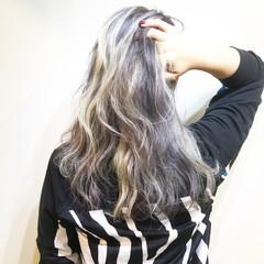 セミロング 冬 ストリート ダブルカラー ヘアスタイルや髪型の写真・画像