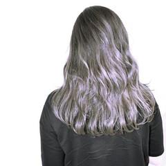 グラデーションカラー ストリート セミロング 波ウェーブ ヘアスタイルや髪型の写真・画像
