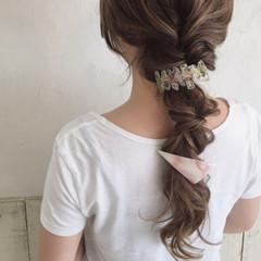 ロング ゆるふわ イルミナカラー フェミニン ヘアスタイルや髪型の写真・画像