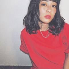ミディアム ストリート 暗髪 ヘアスタイルや髪型の写真・画像