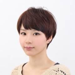 流し前髪 ブラウンベージュ ショート ショートボブ ヘアスタイルや髪型の写真・画像