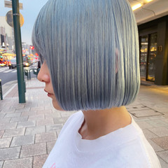 ホワイトブリーチ ボブ モード アッシュベージュ ヘアスタイルや髪型の写真・画像