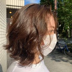 ダメージレス パーマ 無造作パーマ ナチュラル ヘアスタイルや髪型の写真・画像