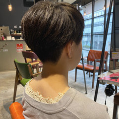 ハンサムショート ベリーショート ナチュラル 暗髪女子 ヘアスタイルや髪型の写真・画像