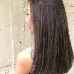 ロング ハイライト ダブルカラー 透明感カラー ヘアスタイルや髪型の写真・画像