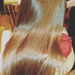 冬 大人女子 フェミニン ロング ヘアスタイルや髪型の写真・画像