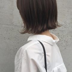 ナチュラル 切りっぱなし 大人女子 外国人風 ヘアスタイルや髪型の写真・画像