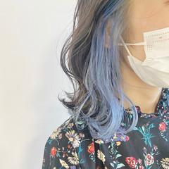 ブルーアッシュ ミディアム パステルカラー インナーカラー ヘアスタイルや髪型の写真・画像