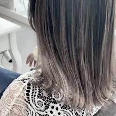 透明感カラー ナチュラル ミルクティーグレージュ 大人ハイライト ヘアスタイルや髪型の写真・画像
