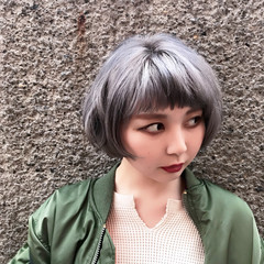 ダブルカラー アッシュグレージュ ガーリー グレージュ ヘアスタイルや髪型の写真・画像