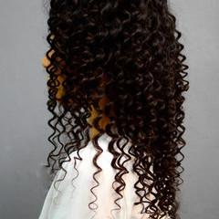 ロング スパイラルパーマ ツイスト パーマ ヘアスタイルや髪型の写真・画像