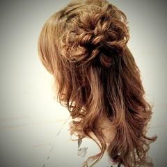 ハーフアップ セミロング フェミニン 大人かわいい ヘアスタイルや髪型の写真・画像