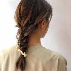 ヘアアレンジ 簡単ヘアアレンジ セミロング ベージュ ヘアスタイルや髪型の写真・画像