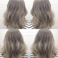 ハイライト アッシュグラデーション アッシュ ミルクティー ヘアスタイルや髪型の写真・画像