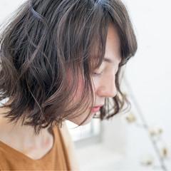 前髪あり ストリート くせ毛風 ボブ ヘアスタイルや髪型の写真・画像