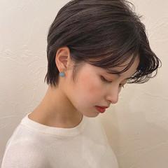ナチュラル ショート 前髪 暗髪 ヘアスタイルや髪型の写真・画像