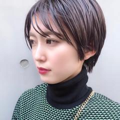 小顔ショート 大人かわいい ハンサムショート かっこいい ヘアスタイルや髪型の写真・画像
