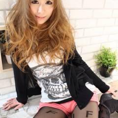 ミルクティーベージュ ロング かわいい 渋谷系 ヘアスタイルや髪型の写真・画像