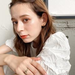 ベージュ セルフヘアアレンジ 簡単ヘアアレンジ ヘアアレンジ ヘアスタイルや髪型の写真・画像
