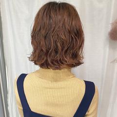 ミニボブ フェミニン ショートボブ 切りっぱなしボブ ヘアスタイルや髪型の写真・画像