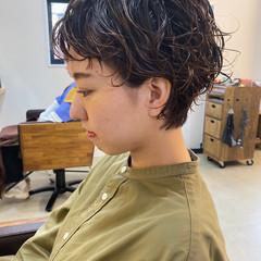 ショートヘア パーマ ショートパーマ ウルフカット ヘアスタイルや髪型の写真・画像
