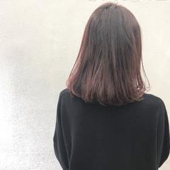 切りっぱなしボブ ピンクベージュ ボブ ピンク ヘアスタイルや髪型の写真・画像