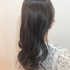 アッシュグレージュ ロング 大人ハイライト 外国人風 ヘアスタイルや髪型の写真・画像