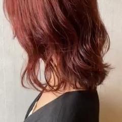 ガーリー オレンジ ブリーチなし くせ毛風 ヘアスタイルや髪型の写真・画像