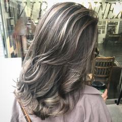グラデーションカラー セミロング 成人式 外国人風カラー ヘアスタイルや髪型の写真・画像
