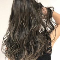 大人ハイライト ロング スライシングハイライト エレガント ヘアスタイルや髪型の写真・画像