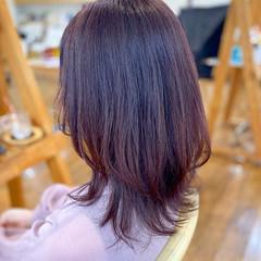 ガーリー ラベンダーピンク セミロング レイヤーカット ヘアスタイルや髪型の写真・画像