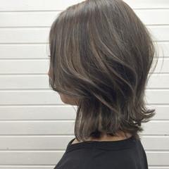 ハイライト 外国人風 ミディアム エレガント ヘアスタイルや髪型の写真・画像