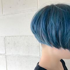 ショート ブルー モード 刈り上げ ヘアスタイルや髪型の写真・画像