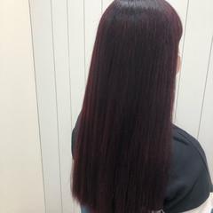 ベリーピンク チェリーレッド ナチュラル ラズベリーピンク ヘアスタイルや髪型の写真・画像