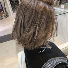ハイライト 上品 ウルフカット 外ハネ ヘアスタイルや髪型の写真・画像