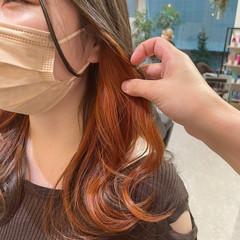 イヤリングカラー インナーカラー オレンジカラー ロング ヘアスタイルや髪型の写真・画像