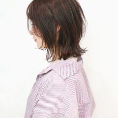 ウルフカット 切りっぱなしボブ レイヤーボブ ミディアム ヘアスタイルや髪型の写真・画像